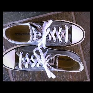 Gray Converse Shoes, Size 8 Mens /10 Womens